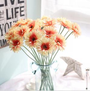 Nuovo design di fiori artificiali con opzione 9 colori Gerbera fiori di seta finti colorati per la decorazione della casa della festa nuziale di compleanno