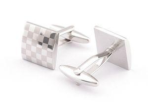 Gemelos de plata de lujo con patrón de láser camisa de la camisa enlace de manguito para hombres Nuevas marcas de boda de la marca Regalo para los Padres Día