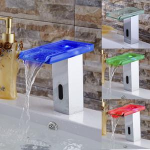 LED 라이트 자동 핸즈프리 욕실 센서 수도꼭지 물 절약 유도 형 전기 수도꼭지 배터리 전원 색상 변경 수도꼭지