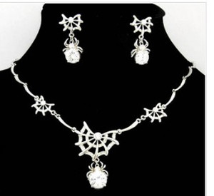 white crystal spider wedding bride jewerly set necklace(44+2.5cm) earings (018mm*32mm) (ming )
