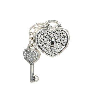 Aşk Charms Sevgililer Günü Kilit Otantik 925 Gümüş Takı DIY Marka Bilezikler Yapımı İçin Kristal Anahtar Kalp Boncuk döşe Beads