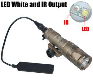 Tactical SF M300V-IR Scout Light Gun Light LED Uscita bianca e IR Dark Earth