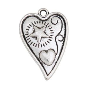 Forme los encantos del corazón de la galjanoplastia de plata antigua con la estrella y el corazón criados 100pcs AAC704