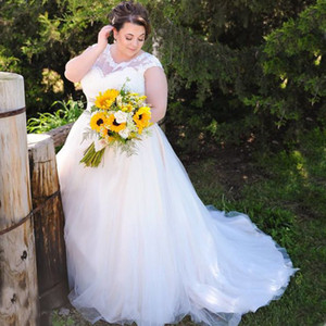 Abiti da sposa taglie forti Abiti da sposa in tulle di pizzo stile country Appliqued Scollo trasparente Abito da sposa bianco avorio Abito su misura economico