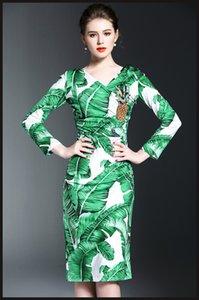 Pist Elbise 2017 Banana Leaf Nakış Kadınlar Elbise Seksi V Yaka Uzun Kollu Ananas Pullarda BODYCON Elbiseler Kadınlar M061743