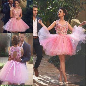 말했다 Mhamad 3D 꽃 아플리케 홈 커밍 드레스 2016 최신 베이비 핑크 얇은 명주 그물 짧은 칵테일 드레스 구슬 새시 가운