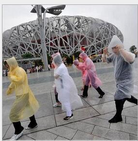 Rainwear One-time Raincoat Fashion Hot Disposable Raincoats Poncho Rainwear Travel Rain Coat Rain Wear Travel Rain Coat New