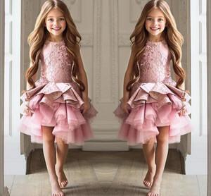 A buon mercato Fiore ragazze abiti Toddler per matrimoni rosa gioiello collo senza maniche in pizzo breve Tiered Ruffles compleanno bambini ragazza abiti da spettacolo