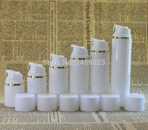 Toptan Satış - Altın kenar Beyaz kapak Havasız Pompa Şişe Plastik Havasız Şişeler Vakumlu kozmetik Losyon Konteynerler 2 adet / grup 30ml 50ml 100ml