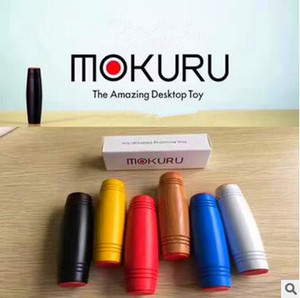 Neueste Mokuru Zappeln Roller Erstaunliche Desktop Spielzeug Neuheit Gag Spielzeug Druck Holz Buche Spielzeug Stressabbau Flip Dekompression Spielzeug