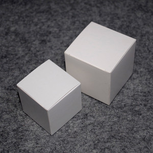 Cinta Aislante 50 adet / grup 5 cm x 5 cm x 5 cm-12 cm Boyutları Kraft Kağıt Kutusu Diy Ruj Parfüm Uçucu Yağ Şişesi Ambalaj Kutuları Vana Tüp Paketi