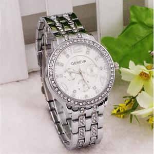 Les montres à quartz Femmes Hommes en acier inoxydable métal montre-bracelet analogique Genève Enfants Étudiants en plein air Montres Sport