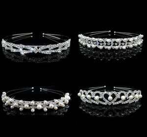 Vendita calda Fascino Bridal Bridal Bridal Bridesmaid Tiara Corona Fascia Cuore Fiore Girls Love Crystal Strass Party Jewelry B179