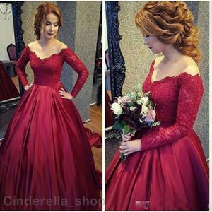 2021 Arabo Vintage Pizzo Prom Dresses Abiti a maniche lunghe Borgogna con scollo a V Backless A-Line Plus Size Dress Abito da sera Indossare abiti da festa