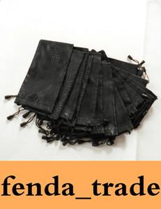 Promosyon Gözlük çanta Yumuşak Su Geçirmez Ekose Bez Güneş Gözlüğü Çantası Gözlük Kılıfı Siyah Renk 18 * 9 cm ADEDI = 100 adet
