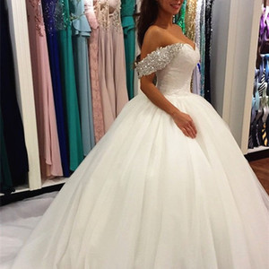 Gorgeous Puffy Tulle Ball Gown Wedding Dress from China Crystals Beaded Off the Shoulder Sweetheart Lace Appliques Bridal Gowns Long Train