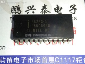 P8253-5. P8253 / 3 TIMER (S), PROGRAMMABLE TIMER 집적 회로 IC, 듀얼 인라인 24 핀 패키지 / 전자 부품. PDIP24. IC