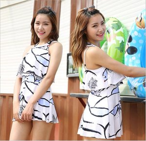 Han Edition Belly Show Thin Hanging Neck Skirt ms Students Conjuntamente traje de baño al por mayor Swimsuit