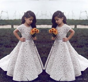 .Lace Flower Girl Dresses For Wedding Vintage Jewel Short Sleeves A Line Girls Pageant Dress Sweep Train Kids Birthday Prom Dress Formal Wea