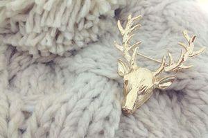 All'ingrosso-1x Regalo di Natale Retro Art Deco Animal Stag Deer Head Jewelry Unisex Pin spilla