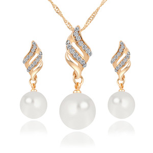 Nueva Aleación de Perla Diamantes Collares Pendientes Conjunto de Joyas de Oro Blanco 10 unids Tamaño 35 * 9mm 41 * 11mm Peso 13g