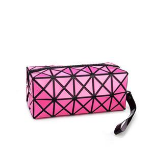 All'ingrosso- 2017 New Fashion Geometric Zipper Cosmetici Borse Donna Mini Bolso PU Leather Makeup Bag Ladies Cosmetics Borse per ragazze