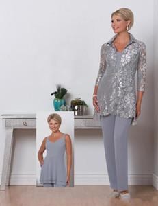 2018 Flieder Drei Stücke Mutter der Braut Plus Size Pant Suits Scalloped Neck Mütter Anzug Mit Spitze Jacke Formelle Abendkleid