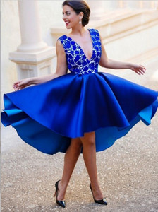 Royal Blue V-Neck Homecoming Dresses Lace Top Sleeveless Open Backless Satin Hi-Lo Prom Dresses Elegant Formal Dresses Short Evening Gowns
