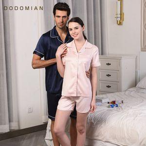 Großhandels-DO DO MIAN Neuankömmlinge Sommer Paare Pyjamas Sets Sleepwears Satin Seide Pijamas Nachthemd Casual Female Shirt + Shorts PJS Pyjama
