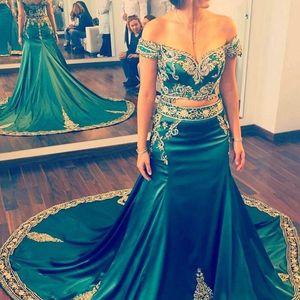 2017 de Rendas de Luxo Bordado Vestidos de Noite Sereia Beads Two Piece Vestidos de Baile Árabe Dubai Formal Evening Vestidos de Cetim Verde