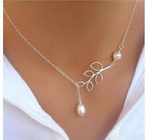 Fina joyería de las mujeres de la hoja colgante de perlas Collares Diseño Baño de plata vestido de la señora partido encantos Infinity regalo de la cadena collar de perlas de Navidad