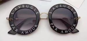 Kadınlar Yuvarlak Balck 0113s Güneş gözlüğü Moda Inspired Yuvarlak Güneş Metal Çerçeve Case Gri Gölgeli Yeni