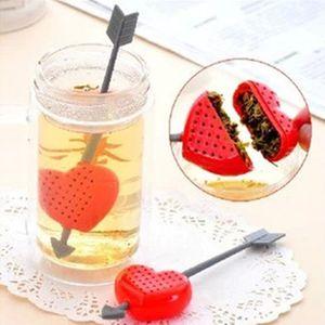 Cuore Amore Bustine di tè Filtri Cucchiaino Filtro Infusore Filtrazione plastica Regalo di San Valentino per gli amanti