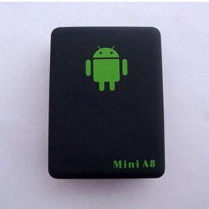 Localizzatore Mini Global A8 GSM / GPRS / GPS Tracker in tempo reale per bambini che monitorano il cavo USB con una bella confezione