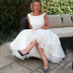 Скромный белый атлас длина чая свадебные платья простые короткие линии совок шеи cap рукава старинные бисером страна Boho свадебные платья дешевые