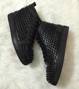 Melhor Studded Spikes fundo vermelho Sapatilhas de couro de luxo sapatos Flats strass para Homens Mulheres partido do desenhista dos amantes sapatilhas sapatos casuais