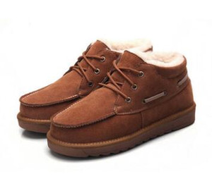 2017. Winter. Neues Muster. Schneestiefel. Warme Schuhe für Herren. Martin Schuhe. Mode Freizeitschuhe. Student.Schaffell. Wolle. Stiefeletten.