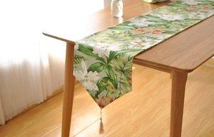 Yüksek kaliteli Fransız yüksek kaliteli pamuk masa koşucu pastoral kırsal geniş çiçek masa sehpa Tv kabine