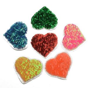6colors cuore paillettes luce Ferro-On bocca stella farfalla distintivo di Applique / ricamato Patch -Sequin Cuore per i vestiti