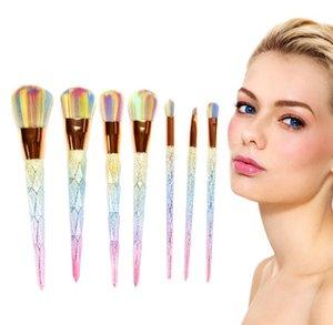 7 stück Diamant Meerjungfrau Make-Up Pinsel Kit Blenden Glitter Foundation Pinsel Set Regenbogen Farbe Synthetische Haarpuder Augenbrauen Lippenpinsel