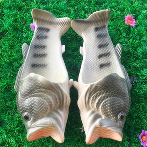 2017 hot Fish Style Soft Sandals Beach Slippers Casual Shoes for Women Men Family Slippers Creative Type Handmade Personality Fish Kids