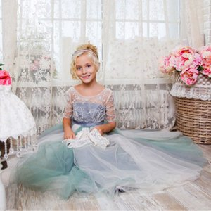 2017 New Wedding Party Formal Flowers Girl Dress Abiti da spettacolo per bambini Grey First Cummunion Toddler Kids Tulle Personalizza