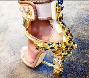 여자 금속 발 뒤꿈치 높은 발 뒤꿈치 플라스틱 크리스탈 발목 스트랩 잠금 샌들 신발 패션 디자인을 통해 볼 최고 품질