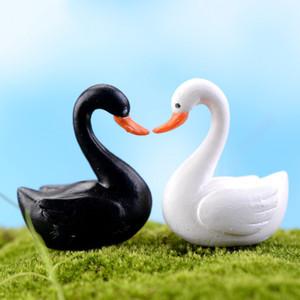 أبيض أسود سوان حديقة الزينة مصغرة الحرفية بيت الدمية حلية مصغرة تمثال تمثال وعاء النبات الجنية حديقة ديكور