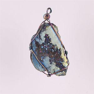 Yenilik Tel Sarma Çok renkli Titanyum Kaplamalı Alev Aura Ham Kristal Akik Druzy Kuvars Küme Geode Taş Kolye Boncuk Taş Numune