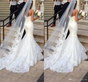 Yeni En Çok Satan Uzun Peçe Bir Katman Tül Düğün Veils Aplikler / Dantel Gelin Veils Beyaz / Fildişi Veils Gelinlik için
