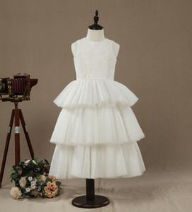 Precioso venta caliente una línea de té de longitud Tiers vestido de niña de las flores Top de encaje sin mangas Jewel niña vestido