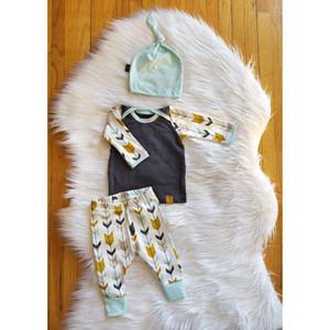 Kleinkinder baby pfeile drucken outfits 3 stück satz angebundenen hut + langarm t-shirt + pfeil druckhosen ins heiße babykleidung für 0-2 t