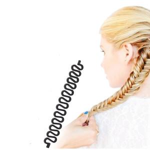 Herramienta de trenzado del pelo de plástico trenzado de la armadura del rodillo del gancho del pelo que hace girar el estilo del fabricante del bollo del buñuelo de la venda del pelo Accesorios de la peluquería 9pcs / lot