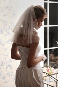 Two layer White ivory Wedding Veil Cut edge Shoulder Legth Pearls with comb Bridal veil 489p